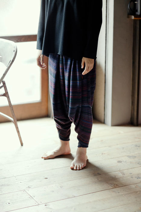 Babaghuri 2011 winter: Knitted Trousers